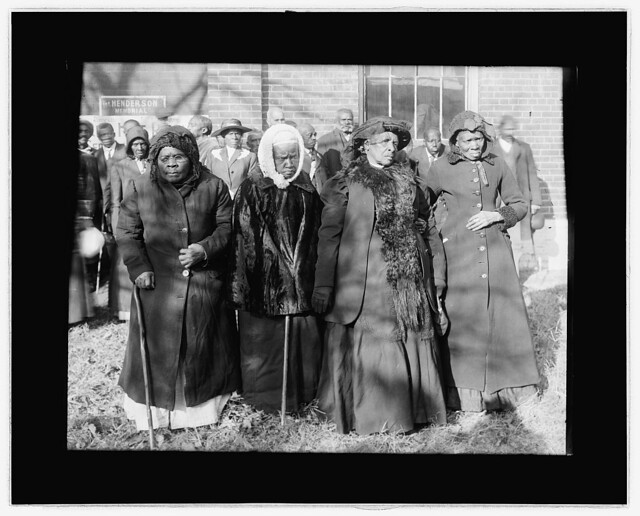 Formerly enslaved women 1916